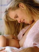 prednosti-dojenja-s-majcine-strane